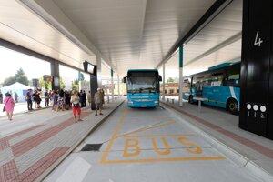 Zmodernizovaná autobusová stanica v Nitre, ktorú odovzdali do užívania 20. augusta 2019.