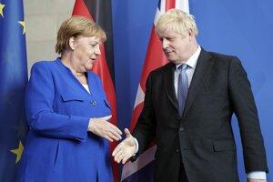 Nemecká kancelárka Angela Merkelová a britský premiér Boris Johnson.