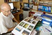 Bývalý dlhoročný starosta Rybníka Viktor Kiš zbiera  archivuje historické fotky a písomnosti.