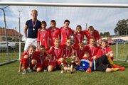 Mladší žiaci Tvrdošína predviedli spanilú jazdu turnajom.