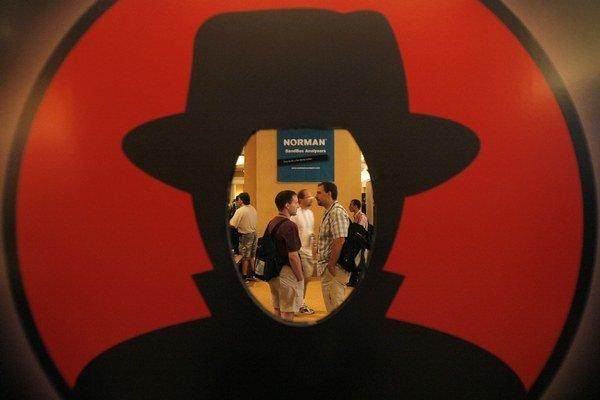 Hackeri sa stretávajú na rôznych konferenciách po celom svete.