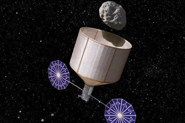Najskôr musia asteroid chytiť a potom priniesť k Mesiacu.