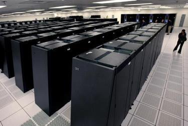foto - reuters: ibm vyrába procesory architektúry power, ktoré sú srdcom drobnej elektroniky, herných zariadení, počítačov, ale i supervýkonných systémov či raketoplánov.