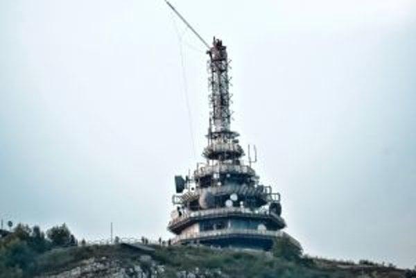 Telekomunikačný úrad vymenil frekvencie na televízne vysielanie, Towercom má monopol.