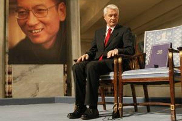 Minulý rok získal Nobelovu cenu za mier väznený čínsky disident Liou Siao-po. Po cenu si prísť nemohol.