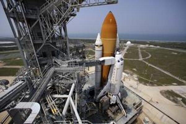 Kedysi bola na Mesiaci, po raketoplánoch však bude NASA bez lodí.