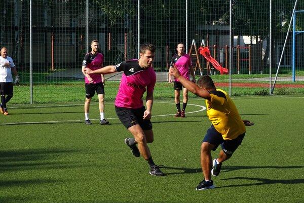 Ligy v malom futbale pokračovali cez víkend ďalšími kolami.