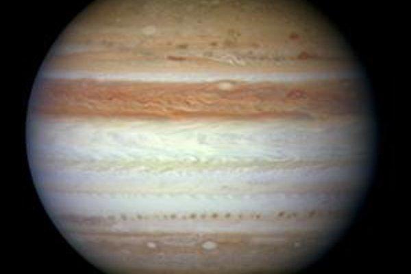 V máji na Jupiteri zmizol Južný rovníkový pás.
