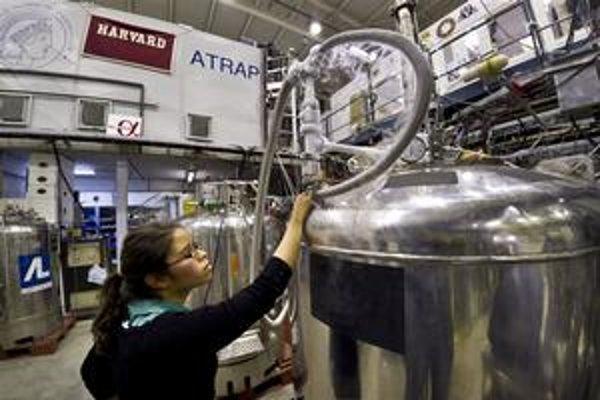 Antivodík môže priniesť revolúciu vo fyzike.