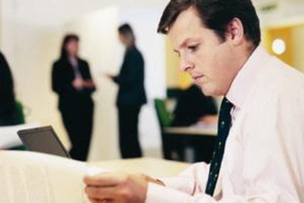 Máte pocit, že niektorí ľudia nemajú na svoju prácu? Možno, no oni za to nemôžu.