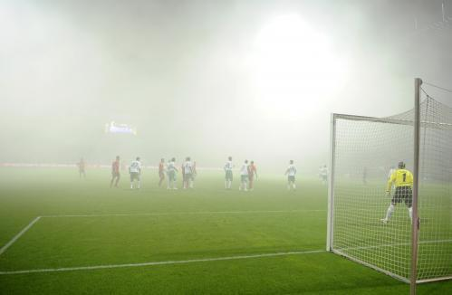 futbal-dym_reuters.jpg