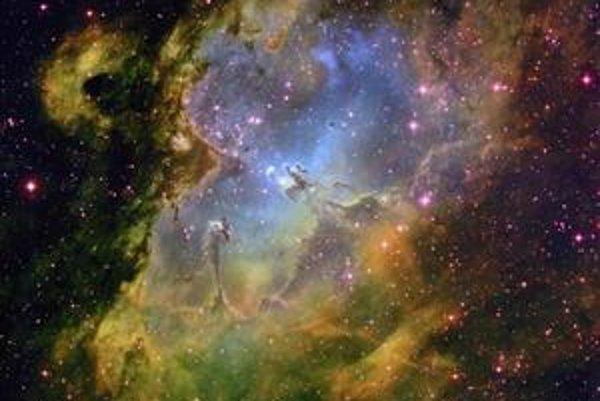 Vesmír možno vzniká a zaniká v cykloch.
