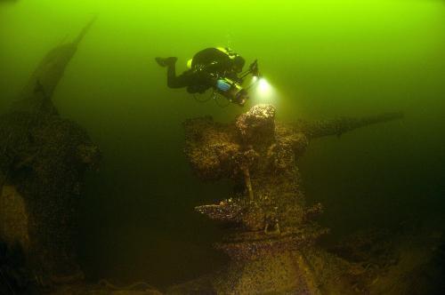 potopena-ponorka2_tasrap.jpg