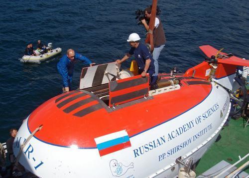 putin-ponorka3_tasrap.jpg