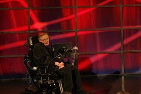 Stephen Hawking opäť zaujal. Tvrdí, že Boh nemusel byť nevyhnutne prítomný pri začiatku vesmíru.