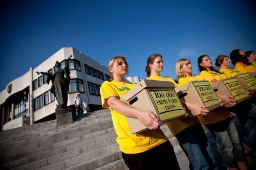 proti-uranu-greenpeace3_sita.jpg