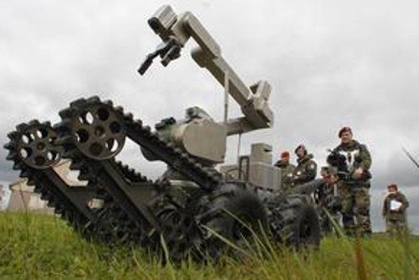Rôzne roboty používajú vojaci  už dnes.⋌FOTO – SITA/AP, MIT