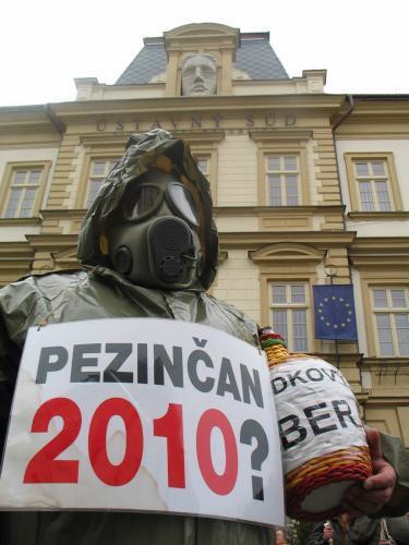 protest_pezinok_6_sme.jpg