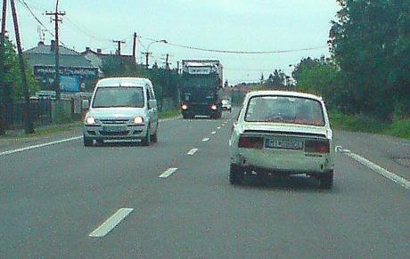 autobezzrkadiel.jpg