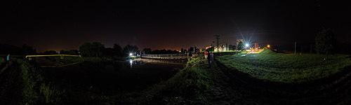 Polícia stráži mosty v Partizánskom v nedeľu v noci
