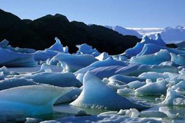 Topiaci sa antarktický ľad by mohol zdvihnúť hladinu morí o niekoľko metrov.