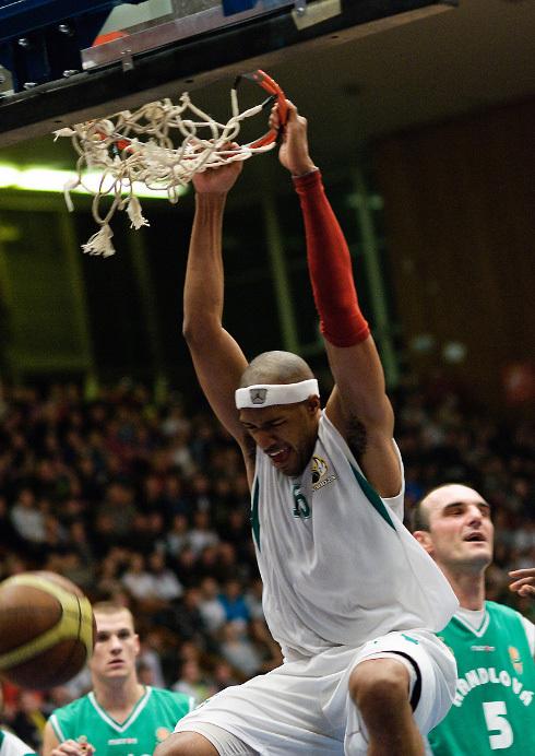 basketbal_derby_94_9.jpg