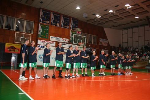 handlova_70_rokov_basketbalu_tim_legiend.jpg