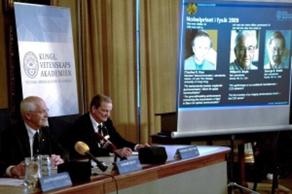 Vyhlásenie tohtoročných laureátov Nobelovej ceny za fyziku.