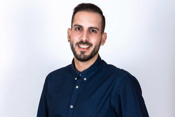 Marek Tóth (29), učiteľ biológie a chémie na ZŠ na Rozmarínova 1 v Komárne.