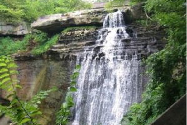 Jedna z hlavných atrakcií cuyahogského národného parku sú vodopády Brandywine.