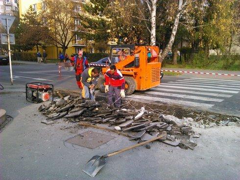 úprava priechodu na novohradskej ulici.