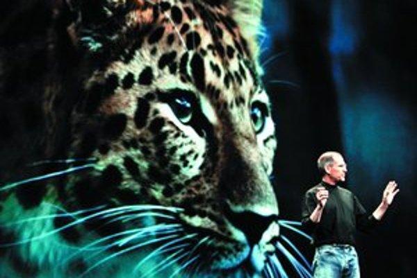 Steve Jobs predstavuje Leoparda.