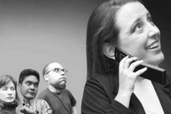 Vždy dajte prednosť ľuďom okolo vás pred telefonátom. Nenechávajte si slúchadlo v uchu, ak netelefonujete. Dve zo základných zásad mobilnej etikety.