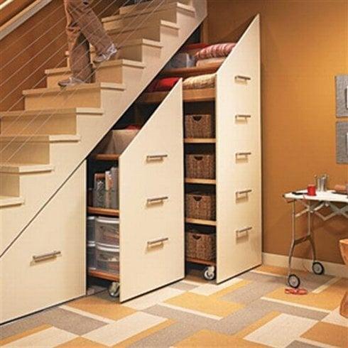 pod-schodami_1_res.jpg