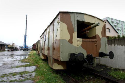 vlak6_490.jpg