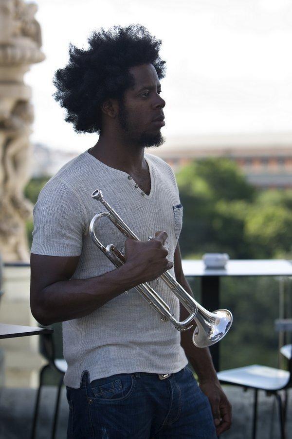 sm-0506-014f-trompett.rw_res.jpg