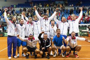 Radosť Slovákov po výhre nad Švajčiarskom v 1. skupine euro-africkej zóny Davisovho pohára 2019.