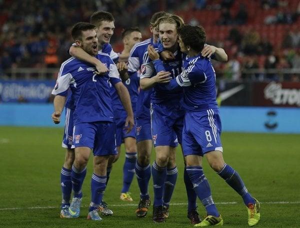 greece_faroe_islands_euro_soccer-1bd9ccd_r8496_res.jpeg