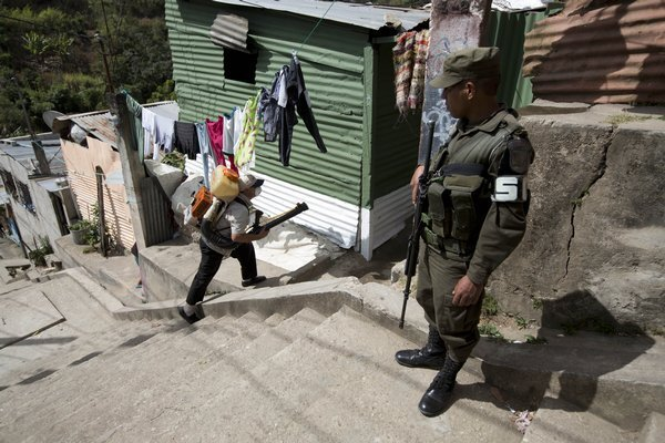 guatemala_zika_virus_street_gangs-5354ed_r7113_res.jpeg