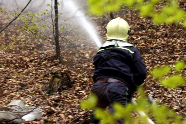 Zvýšené riziko vzniku požiarov pominulo.