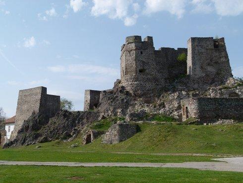 hrad-stary_r3755_res.jpg