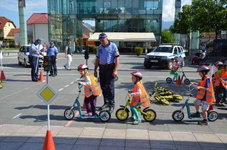 policia-den-deti1.jpg