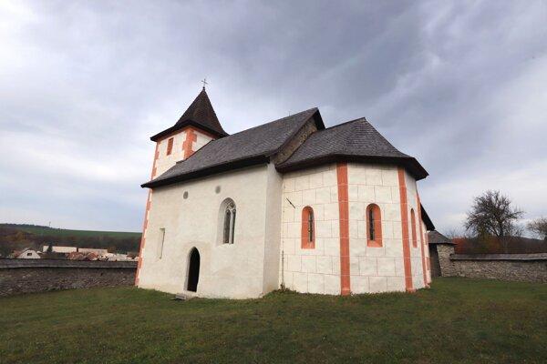 Kostolík sv. Matúša v Zolnej.