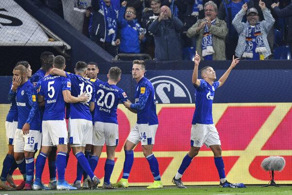 Futbalisti Schalke po skórovaní na 2:1.