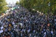 Piatkový klimatický protest v Londýne.