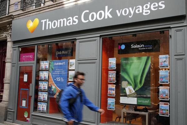 Pobočka kancelárie Thomas Cook v Paríži.