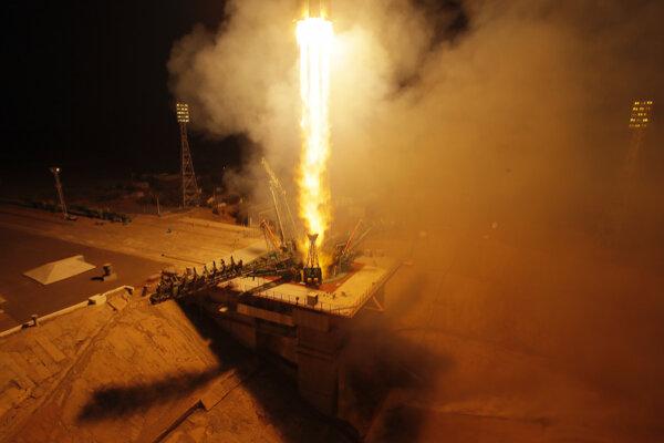 Sojuz smeruje k ISS.
