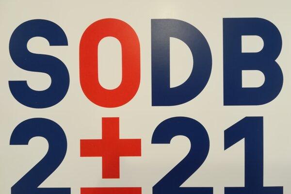 Na snímke logo ŠÚ k sčítaniu obyvateľov, domov a bytov 2021 počas tlačovej konferencie Štatistického úradu 26. septembra 2019 v Bratislave.