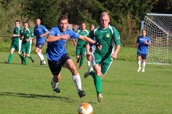 V súboji Zbyňova s Divinou padlo päť gólov.