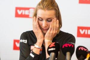 Slovenská biatlonistka Anastasia Kuzminová počas tlačovej konferencie Slovenského zväza biatlonu k ukončeniu jej kariéry.